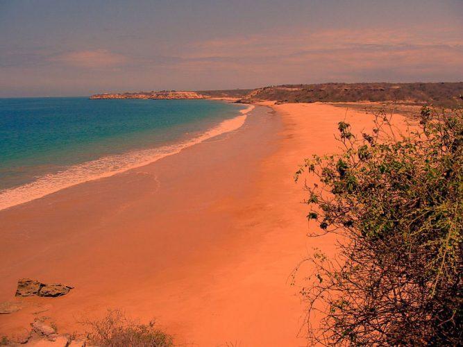 Playa Rosada, santa elena