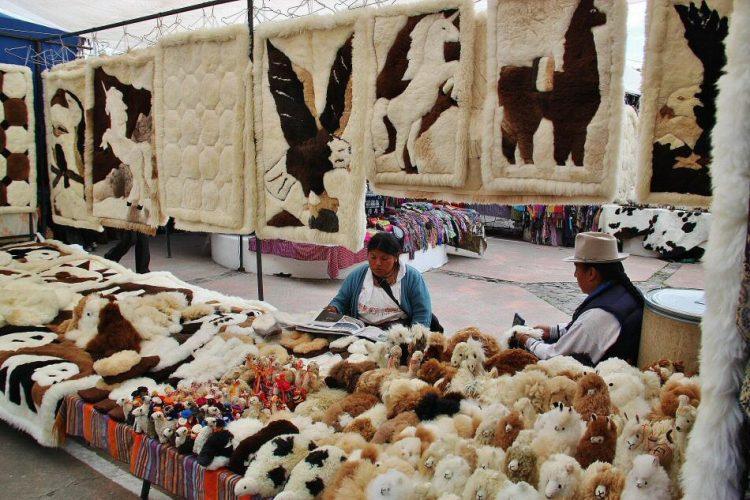Feria artesanal de Otavalo